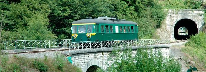 Ligne ferrovière touristique sur le Chemin du Bocq (Ciney-Spontin-Purnode)